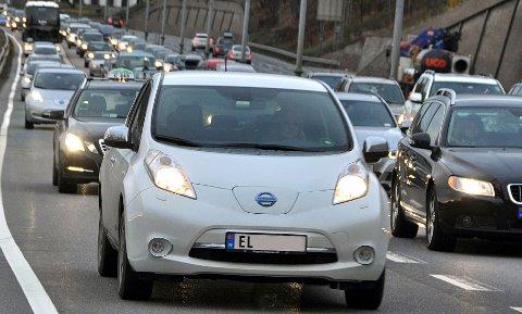 Med 2,5 millioner personbiler på veiene køer det seg lett om morgenen.