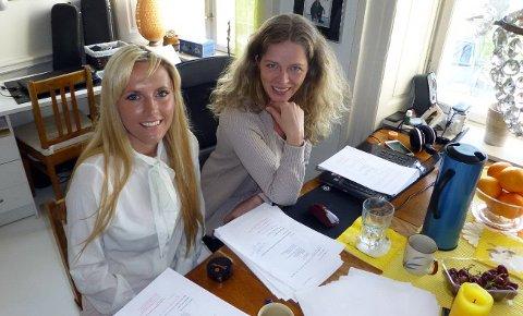 Maria Arredondo og komponist Jorunn Westeraas under planleggingen av musikalen.