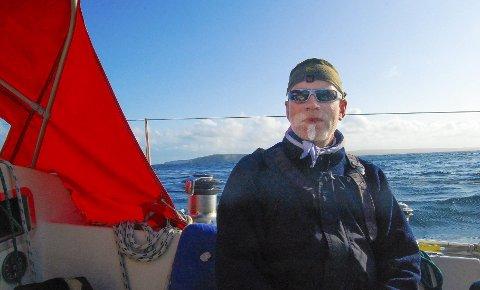 Har reist mye: Per Arne Skjeggestad har reist på lange seilturer før, men turen til Senegal blir den lengste til nå. Begge foto: Privat