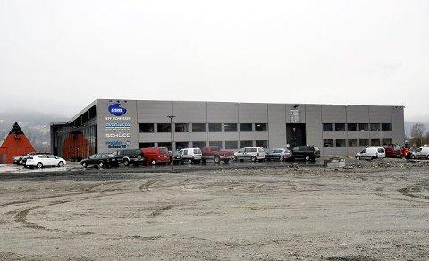 2007: Avantek Eiendom as fikk prisen for sitt nye industribygg på Merde på Tuven. Senere er det jo blitt reist et nytt industribygg rett i nærheten. Dette året var det to som fikk Byggeskikkprisen.