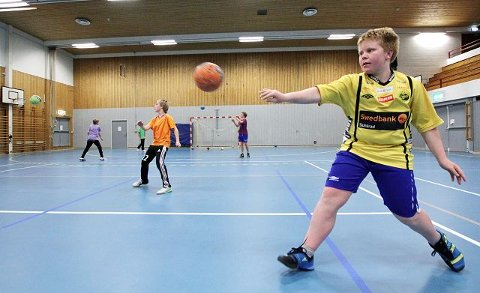 sluttspill Per Jørgen Gundersen og de andre spillerne er nå klare for sluttspill og er dermed blant de seks beste lagene i distriktet.