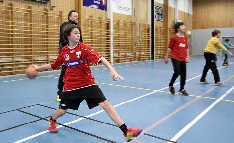 Alexander Gulljord og resten av spillerne på samarbeidslaget har godt med fart og snert i spillet.
