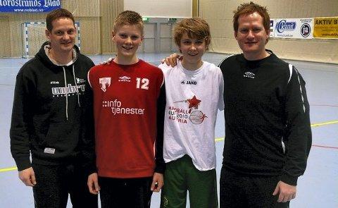 Landslagstrenerne Bendik Berg (t.h.) og Stian Skaugen var godt fornøyde med innsatsen til HK Rygges Preben Kvammen Lie (rød genser) og Martin Monsøy. Foto privat