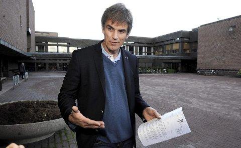 Bjørn Ole Gleditsch avviser at Alf-Reidar Fjeld fikk sparken på dagen. – Det hadde vært en prosess i mange måneder i forkant, der vi blant annet hadde hatt møter med Fjeld og hans advokat, slik Arbeidsmiljøloven krever.