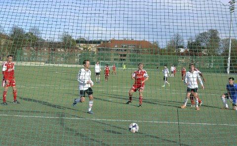 3-0: Her sender Filliip Westgaard FFK opp i 3–0. Scoringen kom etter halvtimen. – Vi hadde egentlig full kontroll, sa tremålsscoreren etter kampen.