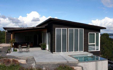 NorDan og Aventa Solar har sammen utviklet solfangeren NorDan Solar, som ser ut som et vindu.
