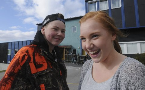 VÅR TUR KOMMER: De må på skolen i morgen, Ole Gjermund Kolbu og Maren Drevsjømoen, men elgjakta får de med seg fra lørdag, uten gevær for deres del.