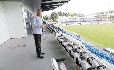 Ikke i mål: Stadionselskapet går med planer om å utvikle området bak tribunen i nord. – Vi tenker litt. Det er avhengig av hva som skjer med Karmsundgata, sier stadionsjef Hans Grønnestad. foto: Alf-Robert Sommerbakk