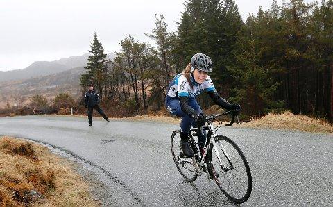 Anna Stray Rongve ble beste kvinne med tiden 9.56. Hun sykler for CK Haugaland.