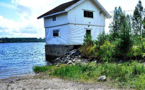 ETTERTRAKTET: Tvetervann er i dag underlagt klausulering selv om vannet ikke har blitt benyttet som drikkevann for Fredrikstad siden 1999. I dag er det kun en reservekilde som kan benyttes i krisesituasjoner. Foto: Jarl M. Andersen