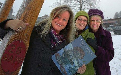 Boka har blitt til med samarbeid mellom Cathrin Rugsveen (front), Inger Helene Høyen Hodøl (midten) og Gunvor Andbo Nygaard.Alle Foto: Guril Bergersen
