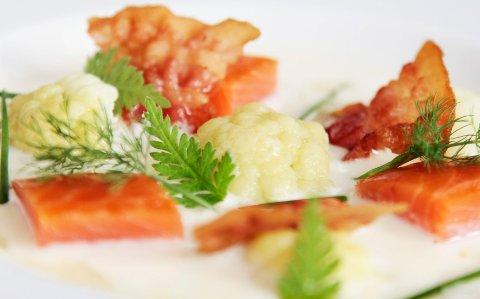 Blomkålsuppe kan du gjøre så festlig du vil ved hjelp av ingrediensene.