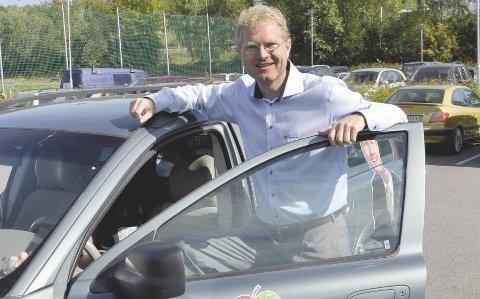 FRA FYLKESTING TIL STORTING: Tor Andre Johnsen (Frp) skifter arena fra fylkestinget til Stortinget, men lover fortsatt fullt kjør for høyere fartsgrenser og bompengefrie veger.