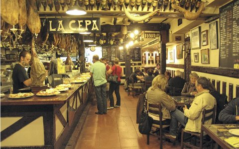Lokale druer: Spanias bidrag til musserende vin fremstilles først og fremst i Penedèsommrådet i Catalonia. Foto: Tom Karlsen