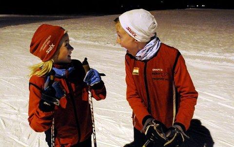 10 til 14-åringene fra Konnerud IL hadde sin første trening på ski i World Cup-løypa på Konnerud i går kveld. Stor stas og høy fart. – Det er skikkelig gøy, og løypa ser kjempefin ut, mente tiåringene Hanna Nordbom Killingstad og Simen Ruud. Da er det på plass med ablegøyer i snøen.