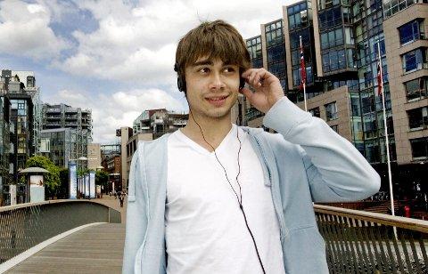 Alexander Rybak (24) flytter snart fra mor på Nesodden til sin nykjøpte leilighet på Aker Brygge.