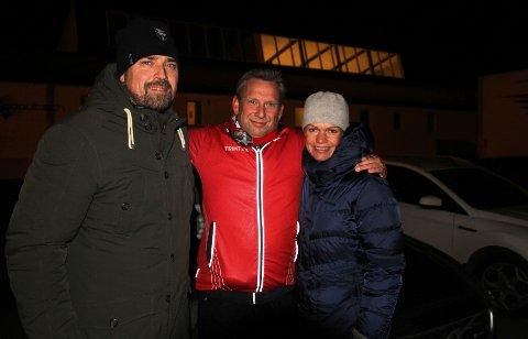 """Jan Anders Syvertsen (fra venstre), Jan Ellefsen i """"Tjukkasgjengen"""" og Vibeke Syvertsen."""