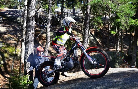 30 jenter deltok i Kråkerøy Open lørdag. Erika Melchior (17) fra Valldall Trialklubb er en av dem.