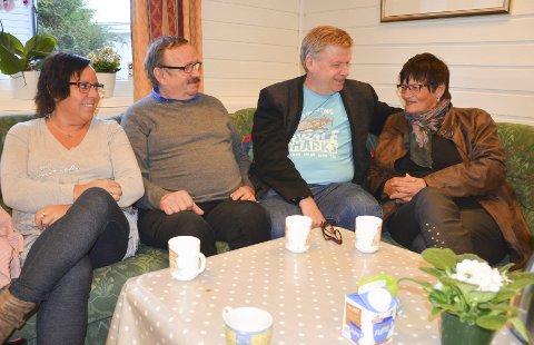 Åpenhet: – Det er viktig å snakke om hvordan man har det, sier Gunn Hilde Vesterli, Rolf Larsen, Jan Rune Bakkelund og Anne Marit Pedersen. Foto: Jeanette S. Håland
