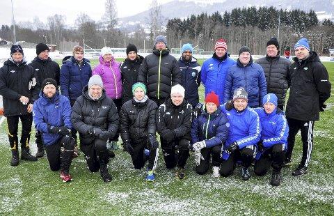 Satser på kompetanse: Trenerkurs er et krav i Dala. Bildet er hentet fra et UEFA C-kurs sist vinter. John Arne Holmlund (t.h. bak) er klubbens trenerutvikler. Foto: Arkiv