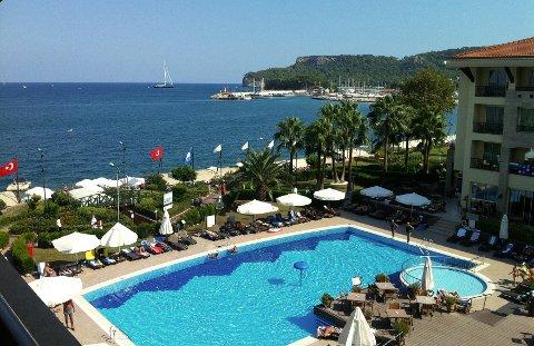 Her, på Hotel Fame Residence 5* skal seniortur-deltakerne holde til disse ti oktoberdagene.