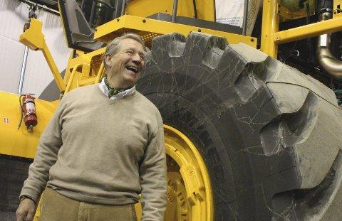 BLID SJEF: Administrerende direktør i Volvo Maskin er strålende fornøyd med å bli nominert, og han sikter mot seier i Årets Follobedrift. FOTO: MARTE TØNNESEN
