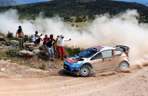 På Rally Acropolis tredje dag kjørte Mads Østberg og kartleser Jonas Andersson seg opp fra åttende- til femteplass.