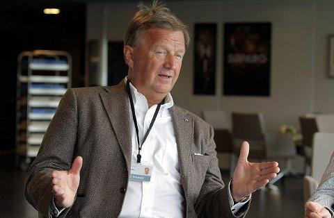 – KAN IKKE FORTSETTE SLIK: Styreformann Diderik B. Schnitler i Stabæk Holding sier at Stabæk må finne seg en ny hjemmebane dersom ikke dagens driftskonsept for Telenor Arena ikke blir lønnsomt. FOTO: KARL BRAANAAS