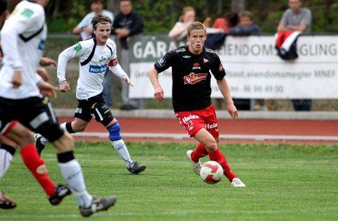 UTSLÅTT: Alexander Ruud Tveter, her i aksjon mot Nesodden i cupen i fjor, ble syndebukken da Fredrikstad ble slått ut av 2. divisjonslaget Kvik Halden onsdag kveld. FOTO: KNUT STENSETH