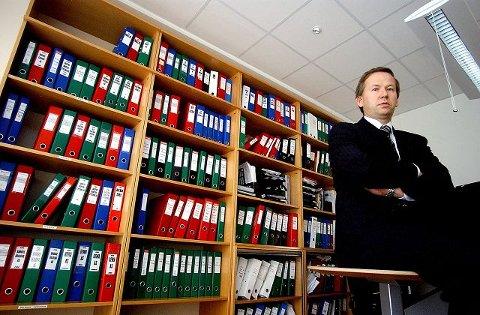 Statsautorisert revisor Thor Idar Pedersen i firmaet Pedersen & Skogholt i Ski har hatt stor pågang fra riksmedier fordi han som skatteekspert sitter med løsningen til at aksjeselskaper kan spare skatt.