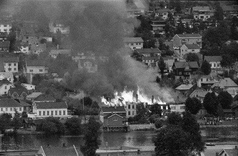 STORBRANN: 49 mennesker ble husville under den store brannen i Øvre Storgate. Foto: Reidar Halden