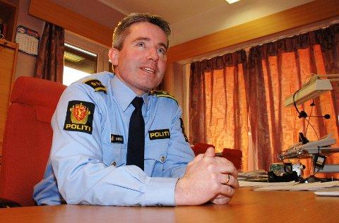 BEKYMRET: Politistasjonssjef Tom Johnsen ved Elverum politistasjon er bekymret over kontrollresultatet, etter at tre av sju jegere ble fratatt våpen i helga. – Etter dette er vi nødt til å intensivere kontrollene, sier han.