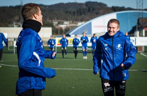Daniel Bamberg tilbake til klubben. Her sammen med Tor Arne Andreassen på lørdagens trening.
