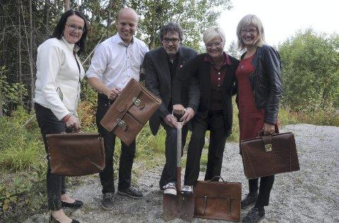 LAKK: Olov Grøtting, tv., Trygve Slagsvold Vedum, Bersvend Salbu, Kristin Halvorsen og Karin Andersen.Foto: JON IVER GRUE
