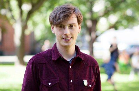 Hallvard Surlien er en av to nasjonale talsmenn for Grønn Ungdom, ungdompartiet til Miljøpartiet De Grønne.