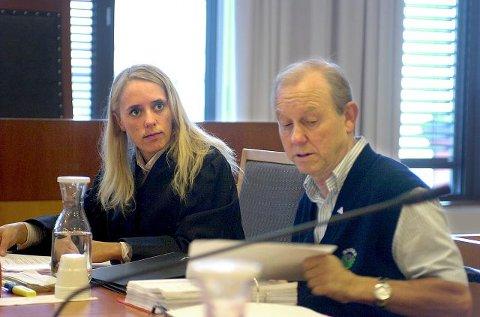 FØRST NEI: Henning Bjurstrøm sa først nei, men innså til slutt at det var ingen vei utenom: Terje Olaussen måtte kastet. FOTO: CHRISTIAN CLAUSEN