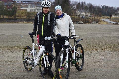TAR UTFORDRINGEN: Thomas Andresen og Jenny Kristin Lure stiller begge til start når Fredrikstads første kommersielle triatlon går av stabelen 17. august. FB skal følge duoen frem til starten.ALLE FOTO: MAGNUS NYGREN Syversen