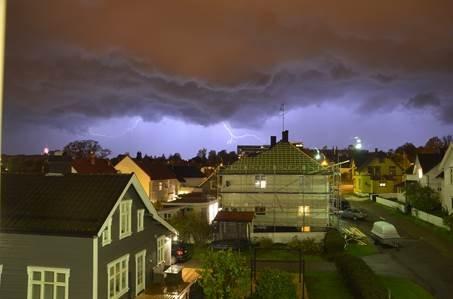 Bildet er tatt i St.Olavs gate i Tønsberg natt til fredag.