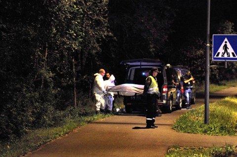 Politiet fant i går kveld et lik i et skogsområde syd for Kolbotn.