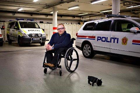 – Jeg vet ikke hva jeg ville sagt eller gjort dersom det hadde skjedd med meg, men jeg vet at jeg hadde blitt forbanna, sier Jan-Erik Fjell (30) om de mange bussnektene i Fredrikstad de siste ukene.