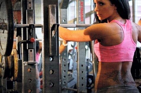 Jeanette Elstad er en av Norges fremste bikini fitnessutøvere.