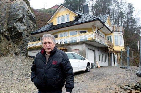 – Jeg får ikke gjort det ferdig, fordi ikke er kredittverdig, sier Halvdan Engebretsen.