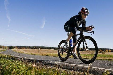 Kristin Lie tilbringer mange mil på sykkelsetet i løpet av et år. FOTO: FREDRIK VARFJELL