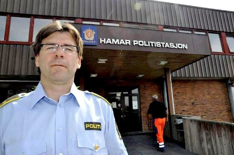 Krimsjef Rune Strand hos politiet på Hamar opplyser at den siktete sjukehusansatte har erkjent de faktiske forholdene.
