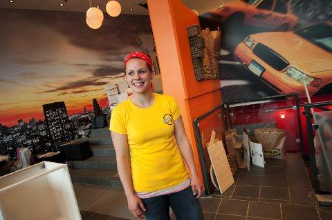 Amerikaner Lisa Gilbert er daglig leder på Hamars nyeste utested.