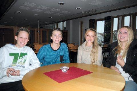 NYTTIG: 9.-klassingene Daniel Heino, Lasse Bangshaug, Randine Grini og Martine Rødsdalen synes det var interessant med tanketrening.