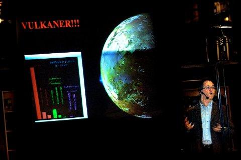 Knut Jørgen Røed Ødegaard vil gjerne høre fra deg hvis du så meteoren mandag kveld.