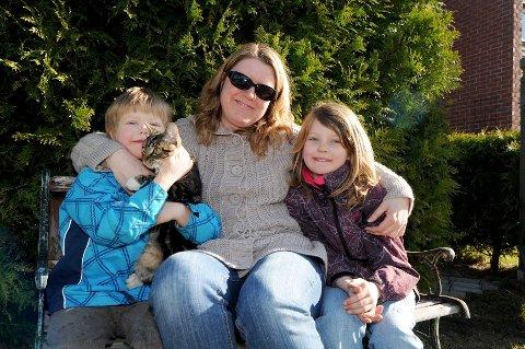 Etter ett døgn var Musseli sammen med resten av familien sin: Eirik, mamma Kristin Berge og  Emma Kristine.