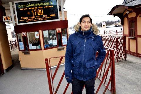 Celso Borges ankommer Djurgården etter en bomtur i Stockholms skjærgård. Han savner lagkameratene i FFK, men ikke kaoset han opplevde under sin tid i klubben. – Det var trist, sier Celso som har funnet seg til rette i Sveriges hovedstad.