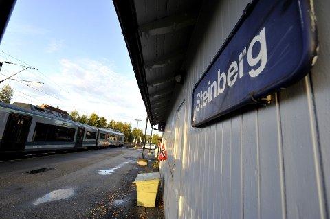 Bortsett fra en periode hvor stasjonen rustes opp, skal det fortsatt gå tog fra Steinberg.